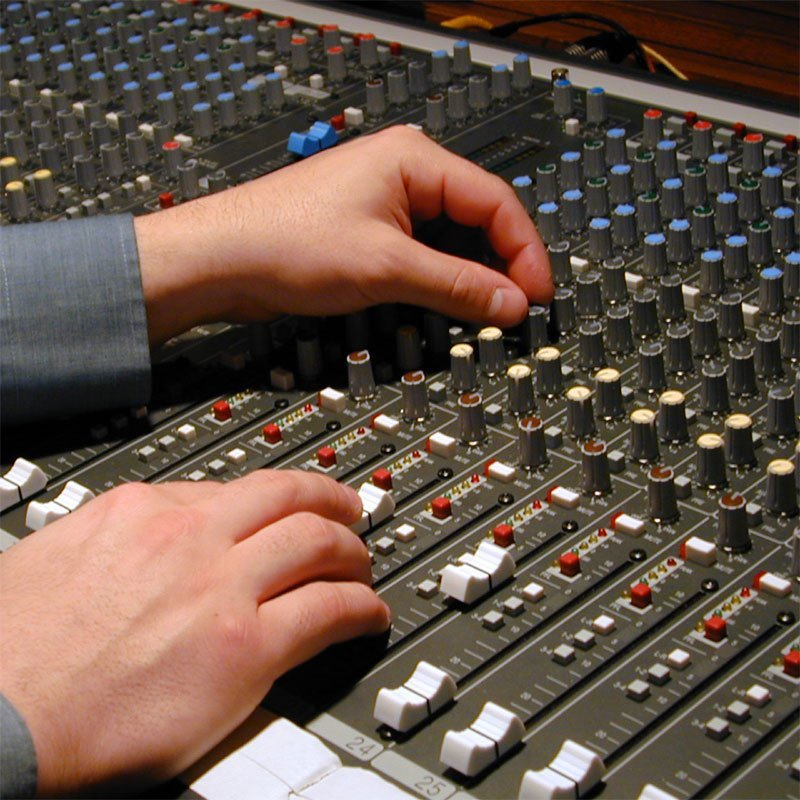 Easy Ways to Improve Sound in Entertainment Systems